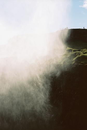 9/15(金)より代官山 蔦屋書店にて<br/> TRANSIT37号の発売記念写真展<br/> 「アイスランドの夏をあつめて」開催